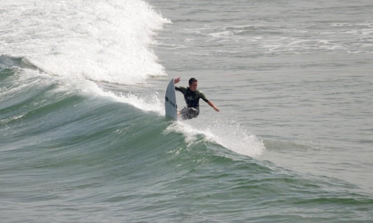 Francisco Duarte tem treinado no Algarve. A imagem foi captada este mês, na Praia da Bordeira (®PauloMarcelino)