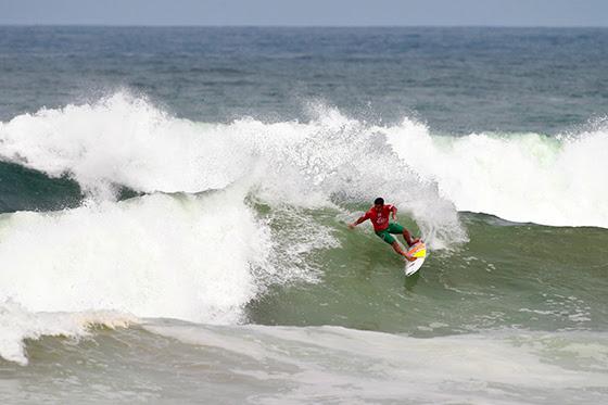 Pedro Henrique iniciou na Ronda 2 a sua participação no QS em Casablanca (®WSL)