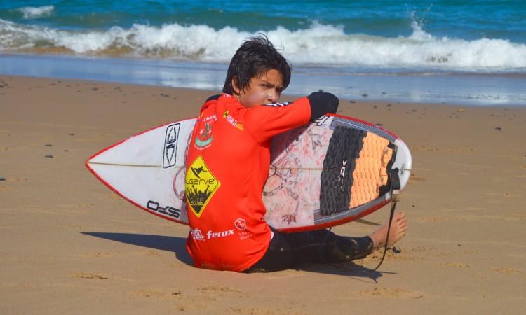 Ricardo Augusto, atleta do Portimão Surf Clube vai à final nacional Sub-16, no Porto (®PauloMarcelino/Arquivo/Maio2015)
