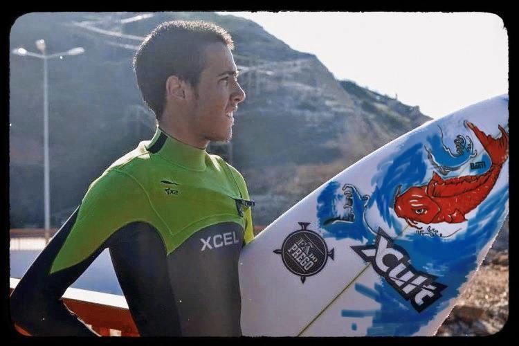 Bart alia arte ao surf e o resultado já é visível nas pranchas de Francisco Duarte (®DireitosReservados)