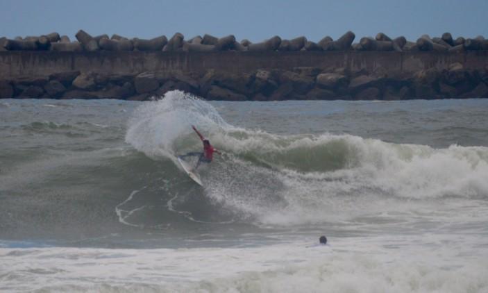 Moche Rip Curl Pro Portugal   27-10-2015   Molhe de Leste   Vasco Ribeiro (®PauloMarcelino)