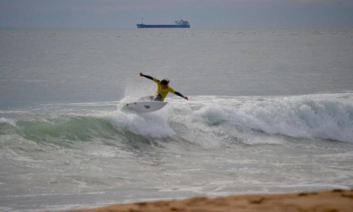 Montepio Cascais Pro | Carcavelos | 9 outubro | Luca Guichard na Ronda 3 (®PauloMarcelino)