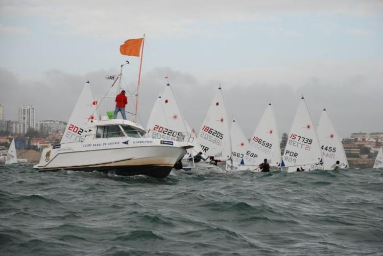 A 5ª Cascais Laser Europa Cup foi disputada em condições difíceis (®CNC)