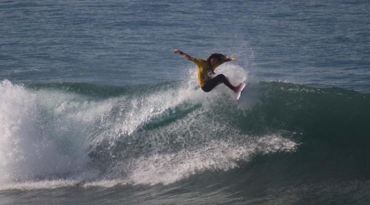 Teresa Bonvalot é a única atleta de Portugal que continua no Quadro Principal do Mundial de Surf Junior (®FPS)
