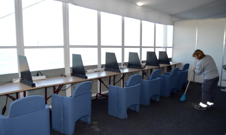 Sala de juízes no Moche Rip Curl Pro Portugal (®PauloMarcelino)