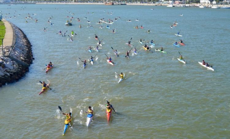 Subida Internacional do Rio Arade foi hoje feita por 380 remadores, mais de metade dos quais espanhóis (®PauloMarcelino)