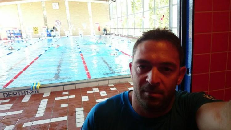 O atleta algarvio aproveitou o primeiro dia em Melbourne para realizar também um treino de natação em piscina (®DireitosReservados)