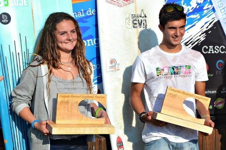 Kathleen Barrigão e João Dantas, os campeões do Circuito Nacional de Longboard 2015 (®SurfingClubePortugal)