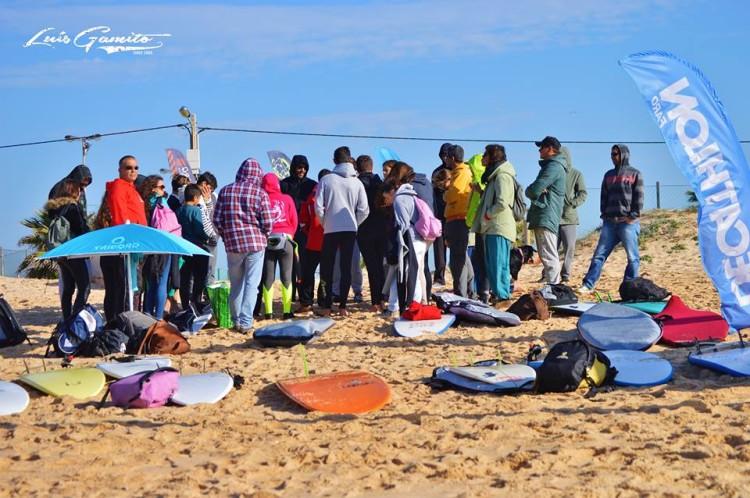 'Família' Clube de Surf de Faro fez a prova com um total de 45 atletas, em cinco categorias (®LuisGamito)
