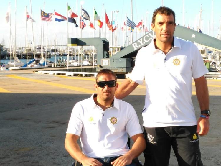 João Pinto e o treinador Luís Brito, a dupla algarvia que lutou na Austrália pela qualificação de Portugal para os Jogos Paralímpicos Rio 2016 (®VelaSolidaria)