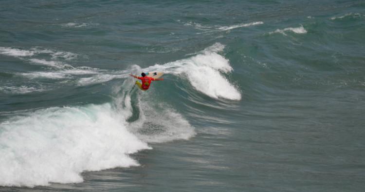 Miguel Mouzinho, o 'eterno' campeão regional Open, aqui em ação na última etapa do ano passado, na Ponta Ruiva (®GansoPhotos/Arquivo)