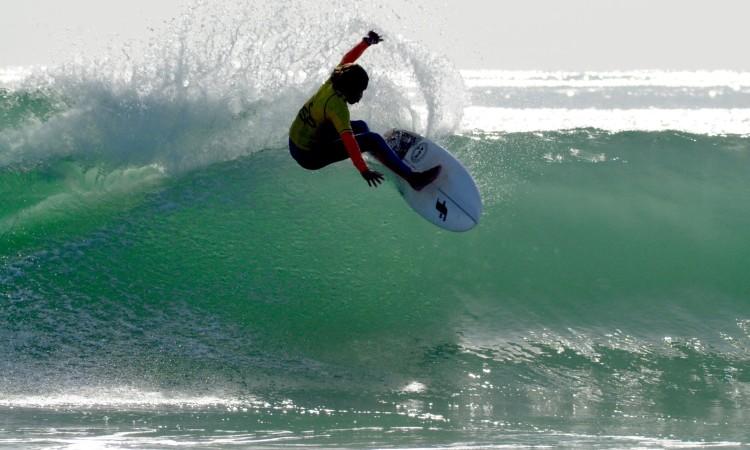 Michael Conlan venceu na sua praia a categoria Iniciados Surf Masculino (®DR)