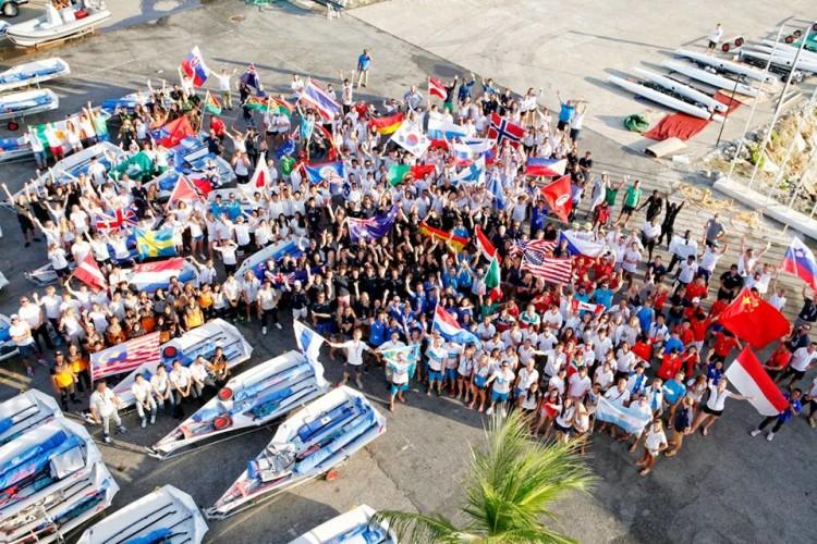 425 velejadores em representação de 76 países. Portugal foi 20º no Troféu das Nações (®ChristopheLaunay/ISAF)