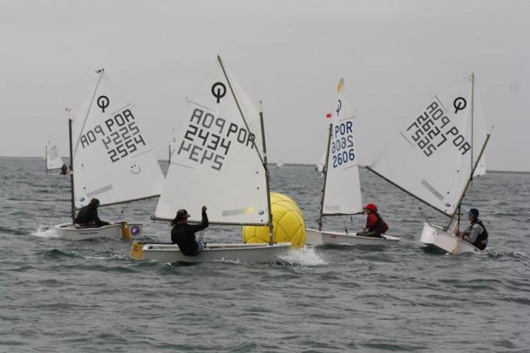 Optimist cumpriram em Olhão a 3ª prova a contar para o ranking do Campeonato do Algarve de Vela Ligeira (®GCNF)