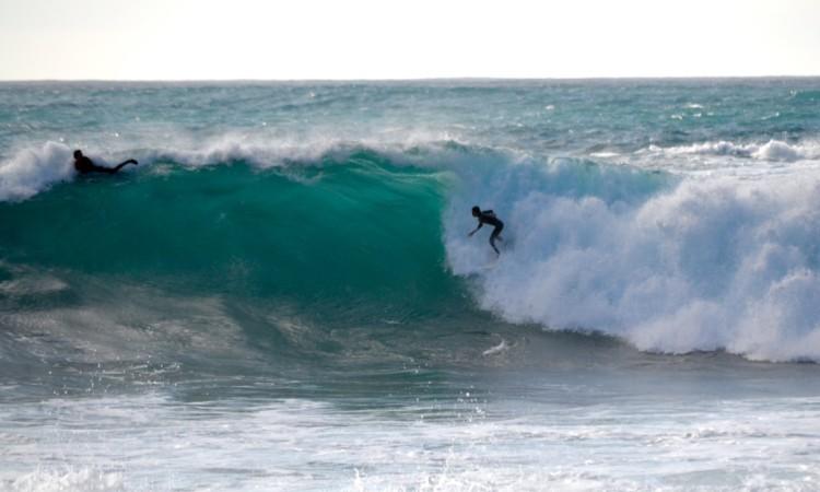 'Martim' tem treinado em ondas grandes e está mais consistente e à-vontade em qualquer mar (®BendoSantos/Arquivo/Dez2015/Kanguru)
