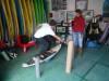 Avaliação postural nas instalações da Future Surfing School, com a investigadora Beatriz Minghelli (®DR)