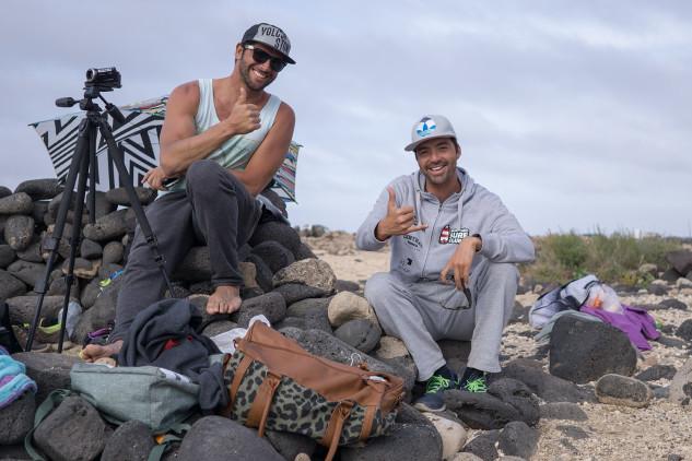 Surf Trip PTMSC 2015   Lanzarote   José Maria Cabrera e Francisco Canelas (®JoaoBrekBracourt)