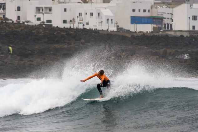 Surf Trip PTMSC 2015   Lanzarote   Henrique Poucochinho (®JoaoBrekBracourt)