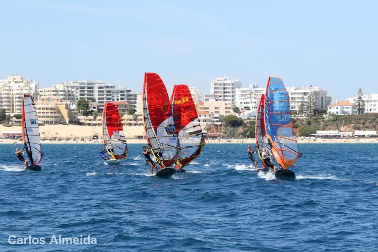 Portimão vai receber o Europeu de Formula Windsurfing por categorias nos dias 17 a 22 de maio (®CarlosAlmeida/Arquivo)