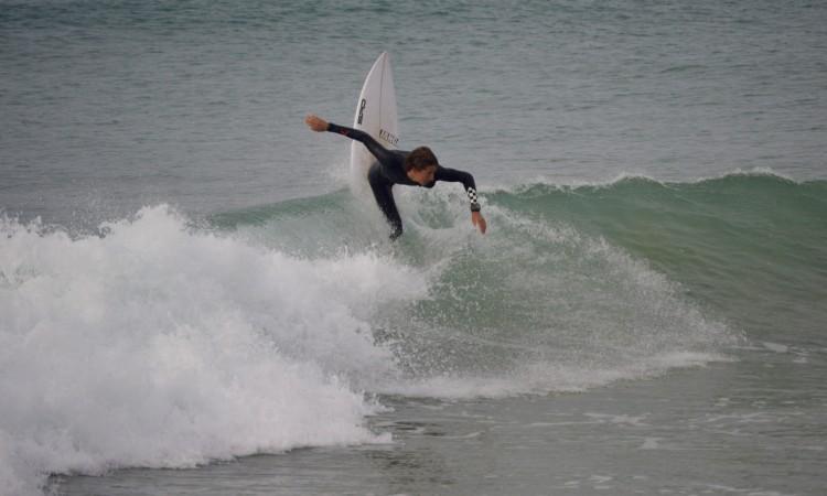 'Martim' tem estado a treinar-se esta semana na Praia da Rocha (®PauloMarcelino)