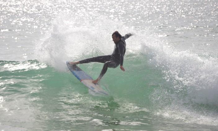 CRSSul 2016 #1 | Praia da Falésia, Vilamoura | Ivan Bailote em surf livre no primeiro dia da etapa (®PauloMarcelino)