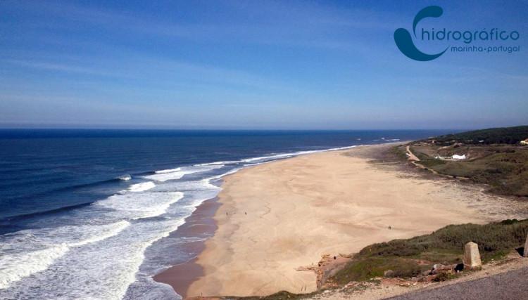 Instituto Hidrográfico português é o novo 'forecaster' oficial do Capítulo Perfeito e vai ajudar a escolher o dia do 'call' para a Praia do Norte (®DR)