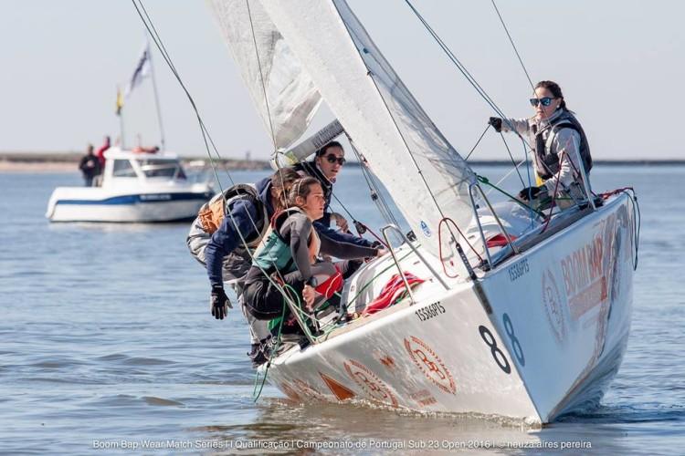Equipa do GCNFaro em ação com o Platu 25 no Rio Douro (®BBDouro/NeuzaAiresPereira)