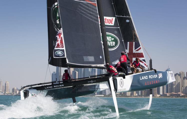 Os GC32 são aerobarcos com performance espetacular (®DR/ExtremeSailingSeries)
