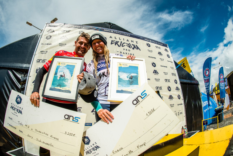 Gony Zubizarreta e Camilla Kemp, vencedores do Allianz Ericeira Pro by Dakine (®PedroMestre/ANS)