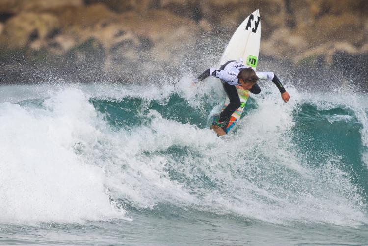 João Mendonça, hoje, na Costa de Caparica, na sua estreia WSL (®LaurentMasurel/WSL)