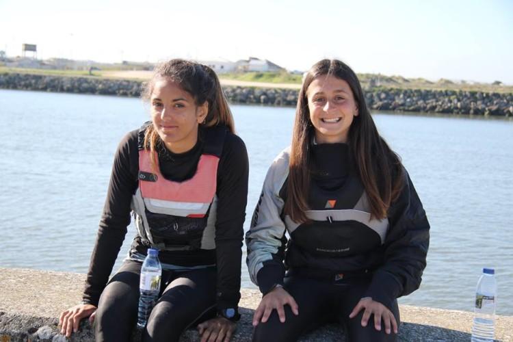 Daniela Miranda, à direita, sagrou-se Campeã de Portugal 4.7 Feminino. Bruna Carvalho, à esquerda, foi a 2º melhor Feminino na mesma classe (®FranciscoBorges/CNAFF)