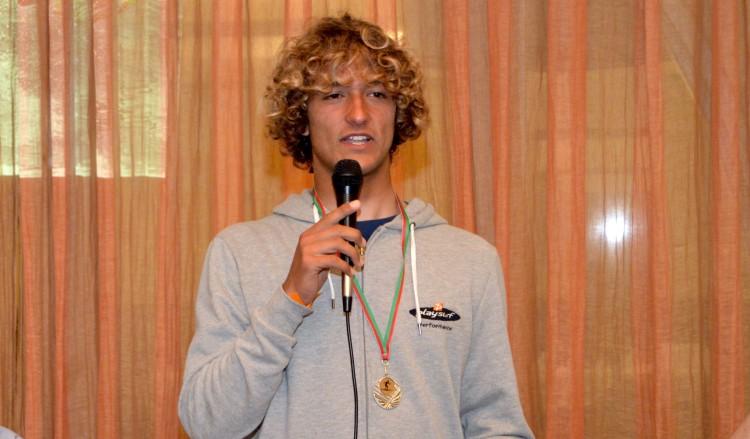 Isaac Felizardo, campeão regional de longboard 2016 e único finalista presente na entrega de prémios (®PauloMarcelino)