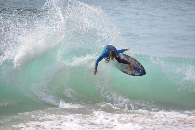 Miguel Braz, 22 anos, atleta de Lagos, único algarvio no Circuito Nacional de Skimboard (®DR)