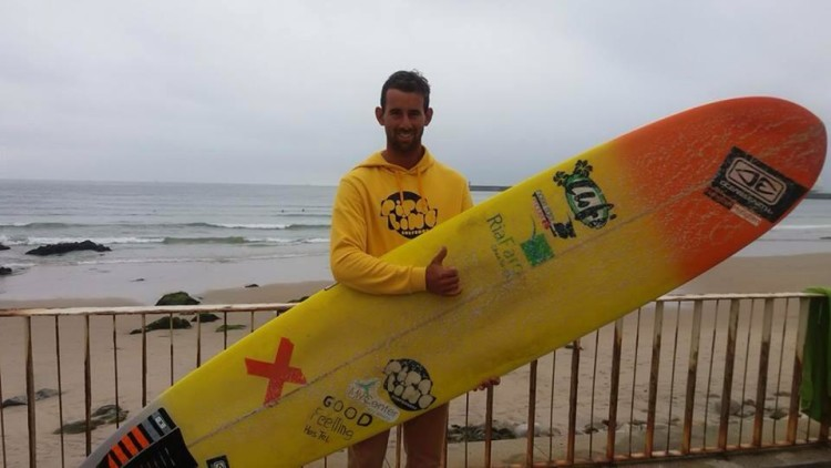 Luís Esteves estreou-se hoje no Nacional Longboard 2016 e fez 3º lugar na etapa no Porto (®DR)