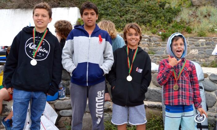 Arrifana   4º Encontro Regional Surf & Bodyboard Escolar   Pódio Infantis Masculino (®PauloMarcelino)