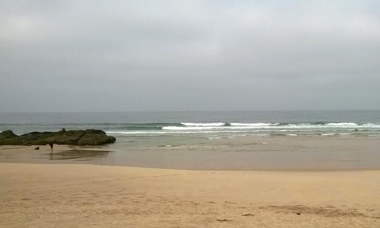 Mar pequeno durante o dia, com alguma melhoria no período da tarde (®Fisiorider)