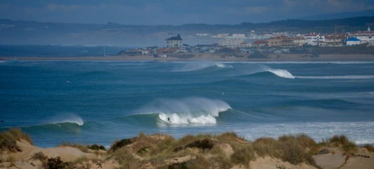 Movimento pretende valorizar o surf português e aumentar a notoriedade da modalidade em Portugal (®PauloMarcelino/Baleal/Arquivo)