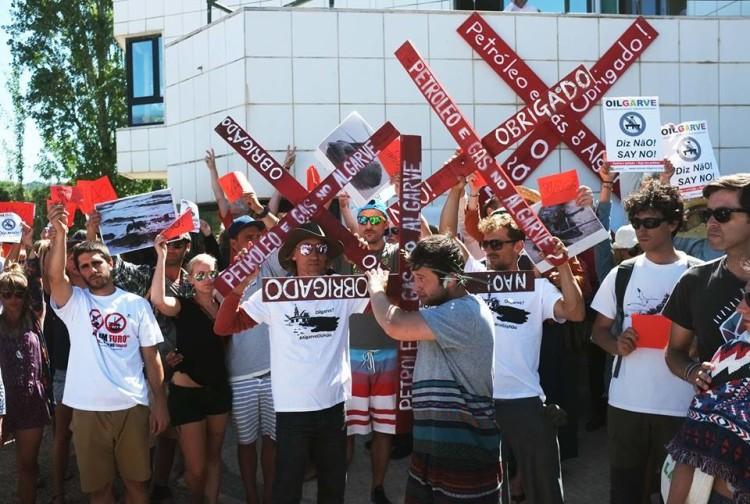 Depois do cordão humano em Aljezur, o protesto dos algarvios vai fazer-se ouvir em Lisboa, no próximo dia 22 (®TaviraEmTransicao/ASMAAA)