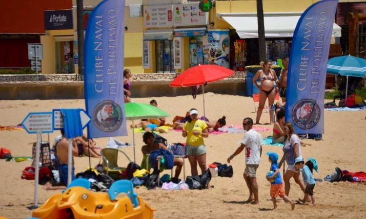 Base de operações do Open Day do Clube Naval de Portimão na Praia da Marina (®PauloMarcelino)