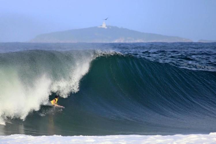 Início da onda que deu dez pontos a António Cardoso (®TonyDAndrea/APB)