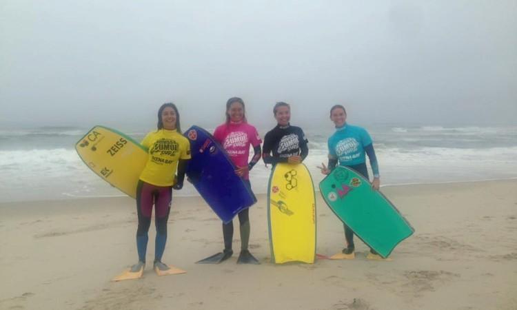 As finalistas: Teresa Almeida, Marta Leitão, Rita Pires e Joana Schenker, de licra rosa (®MissSumolCup)