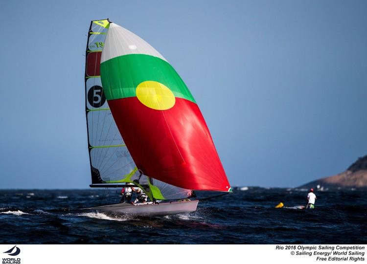 A dupla Jorge Lima & José Costa (algarvio) entrou bem nos Jogos Rio 2016 e assumiu o 2º lugar da frota 49er ao final do primeiro dia de competição na classe (®FPV)