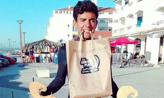 Faltaram mãos ao algarvio Bruno Gregório para segurar tantos prémios ganhos na Praia da Vieira (®DR)