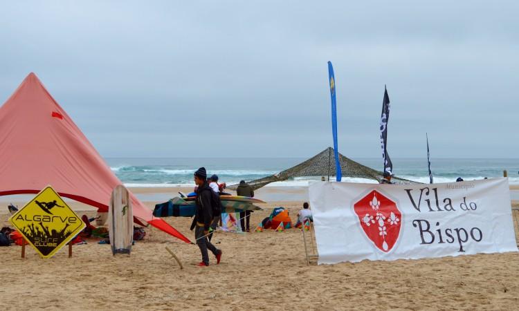 Organização quer realizar a prova de surf na Praia do Castelejo, perto de Vila do Bispo (®PauloMarcelino/Arquivo)