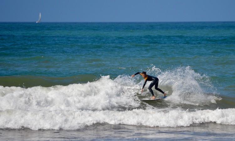 Francisco Duarte vai competir em Surf Open. Há três anos ganhou em Surf Junior (®PauloMarcelino/Arquivo)