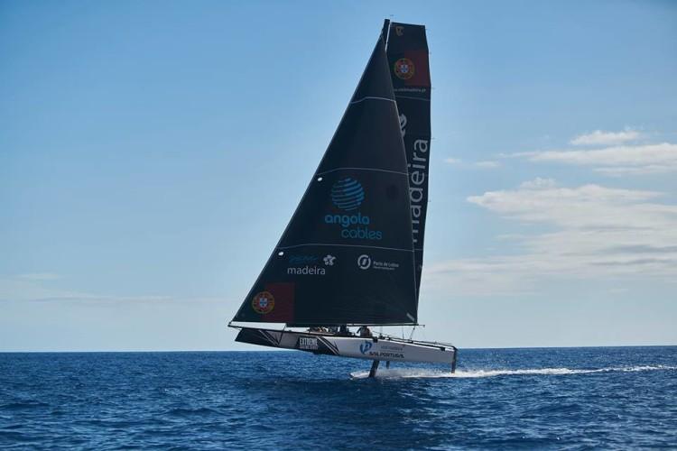 Sail Portugal realizou dois dias de treinos no Funchal antes do início do Evento 6 do Extreme Saling Series (®HenriqueSeruca/SailPortugal)