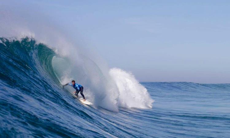 Aritz Aranburu em ação no Capítulo Perfeito, que venceu, esta segunda-feira, na Praia do Norte. Nazaré (®VascoLazarao/CapituloPerfeito)