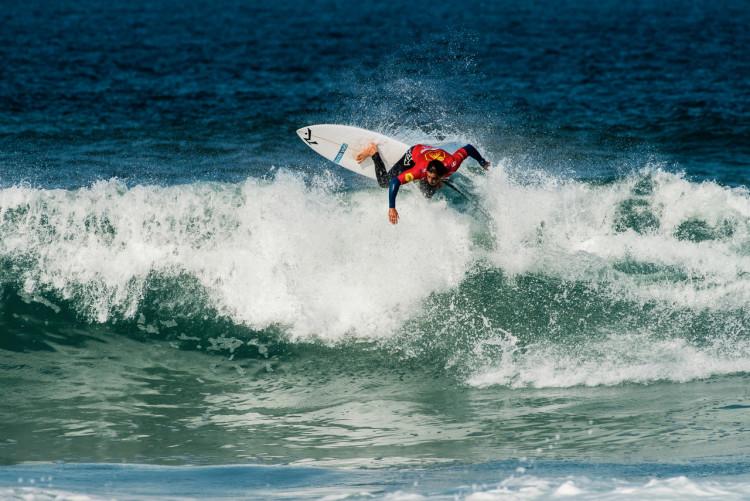 Eduardo Fernandes levou o Algarve Surf Clube até aos quartos-de-final 'man-on-man' (®PedroMestre/ANSurfistas)