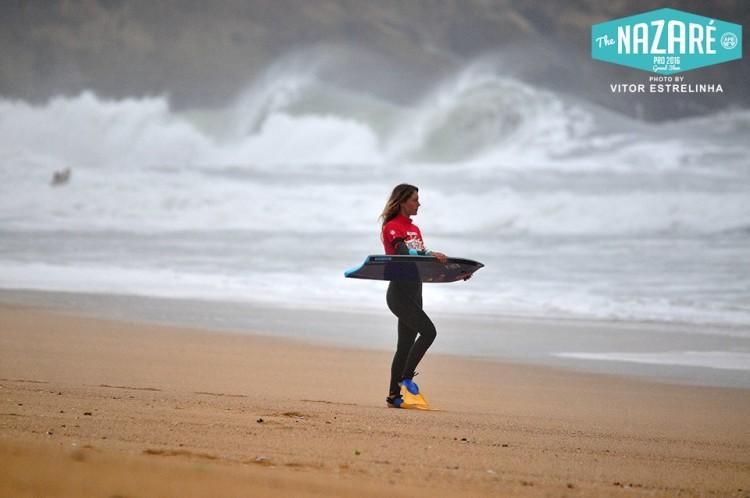 Joana Schenker fez 3º lugar no Nazaré Pro 2016 e terminou o circuito mundial feminino em igualdade pontual com a 3ª classificada (®VitorEstrelinha)