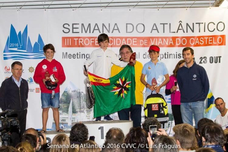 Algarvio Guilherme Cavaco no 2º lugar do pódio Grupo B Masculino (®CVVIanaCastelo)